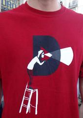 DIA DE REFLEXIN en SOL (Fotos de Camisetas de SANTI OCHOA) Tags: catalua publicacion