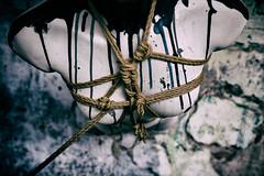 Prisionera (MiOmbligo) Tags: woman ties cuerda pain mujer rope captive abstracto knots dolor busto shibari ataduras prisionera