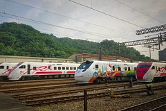 2016-06-07 09.07.40 (pang yu liu) Tags: station train work yahoo rail railway 06 jun  2016