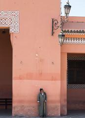 Esperando (hazteunodelosmios) Tags: africa travel marruecos marroco