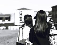 Riflessi (Chiara Mangiaracina) Tags: street girls portrait blackandwhite white black girl beautiful beauty japan hair japanese sister streetphotography 85mm pisa persone portraiture streetphoto ritratto nero bnw reportage ragazza specchio noire japangirl urnan bnbianco photogiornalism