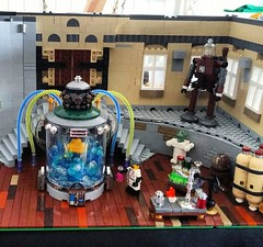 Victorian Mansion Interieur (workfromtheheart) Tags: netherlands lab flask utrecht tank lego cabinet who dr couch sofa doctor laboratorium bacta legoworl
