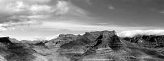 wolken - berge #2 (gerhard.haindl) Tags: sky blackandwhite bw monochrome berg clouds landscape mono noiretblanc outdoor wolken nopeople landschaft schwarzweis dscf4053v1