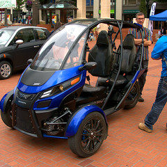 Arcimoto (swong95765) Tags: vehicle electric ev twoseat transportation unique efficient srk threewheel