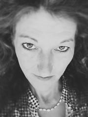Ich habe das Teufelchen im Blut ... das Engelchen im Herzen ... und den absoluten Wahnsinn im Kopf ...! (mabumarion) Tags: portrait myself me selfie bw
