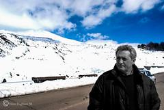 Nino (Nino Fogliani 58) Tags: etna nino persone foto photo neve inverno vulcano sicily sicilia italy italia aperto azzurro cielo biancoenero selettivo selective blackwhite