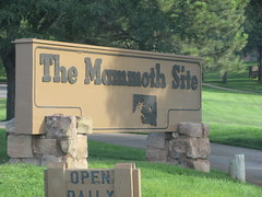 Mammoth Site, Hot Springs (FigmentJedi) Tags: themammothsite hotspringssd southdakota iceage fossils