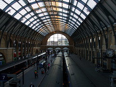 London - King's Cross Station, looking S in the W bay of the trainshed 2015-04-29 (sps1955) Tags: london camden kingscross building station railwaystation victorian greatnorthernrailway gradeilisted cubittlewis