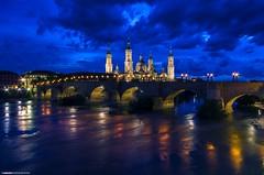 Basilica del Pilar - Zaragoza (Zamana Underground) Tags: españa color roma luz pilar del noche arquitectura basilica zaragoza norte basílica puenteromano horaazul