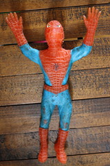 Spiderman Jiggler (Ben Cooper 1973) (Donald Deveau) Tags: toy spiderman rubber superhero marvelcomics vintagetoy bencooper jiggler