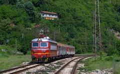 Shortened service (Radler.z) Tags: train sofia service gorge locomotive 44 skoda 158 mezdra bdz iskar 44158 20272 68e tompsun