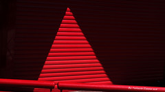 Red light - Luce rossa (Ferruccio Zanone) Tags: light red strada fotografia rosso luce minimalista rossa