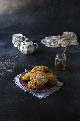 Honey Ginger Scones_sml-0064 (onegirlinthekitchen) Tags: cooking breakfast canon 50mm ginger baking homemade honey scones chiaroscuro teaparty foodphotography foodstyling victorianrecipes