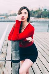 RENATA (Vampyyri.Lauri) Tags: modelo mujer guapa woman rojo muelle baron muellebaron valpo valparaiso chile chilena cigarro cigarette fumar laura tudela lauratudela