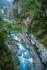 Taiwan-121116-481 (Kelly Cheng) Tags: travel blue color colour green tourism nature water vertical landscape daylight colorful asia stream day outdoor taiwan nobody nopeople gorge colourful tarokonationalpark tarokogorge  traveldestinations  northeastasia
