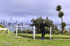 Mel en Mount Victoria (Lucas E. Vigano) Tags: auckland newzeland nz perdidoenmibicicleta perdido en mi bicicleta mount victoria devonport nueva zelanda