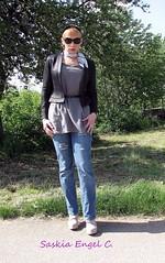 Frhlingsausfug 2015 Bild 1 (SaskiaEngel) Tags: scarf highheels tgirl transgender jeans tranny transvestite sunglases transe transvestit tgirls tunika
