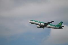 A320 Aer Lingus (xwattez) Tags: france plane airport european aircraft airbus transports toulouse aeropuerto blagnac aerlingus avion a320 aroport europen 2015 vhicule eideb lfbotls