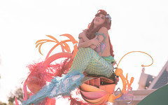 It's a music celebration   Soundsational (chris.alcoran) Tags: lighting chimney anna white snow color ariel water colors canon court project mouse photography eos three frozen king dancers princess time little disneyland pirates magic mary lion royal bert tinkerbell disney mickey parade frog peter step aurora captain coloring belle monkeys pan cinderella minnie tiana hook mermaid aladdin flappers performers rapunzel elsa cymbal mickeys drumline 6d poppins sweepers 2015 soundsational cablers intothemagic