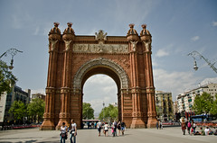Second part of my diary is up on my blog (Anna Andreea) Tags: barcelona travel people sun holiday architecture easter de photography blog spain nikon warm moments day alone view walk diary bcn arc sunny blogger arcdetriomf triomf espnya d7000 thegoldencupcake anapascariu