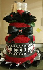 Mini Towel Cake (babybizcakes) Tags: red black checkerboard towelcake minitowelcake kentuckyderbythemed