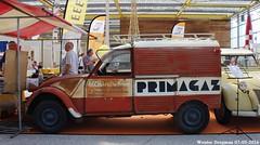Citron 2CV AZU 250 1960 (XBXG) Tags: auto old france holland classic netherlands car mobile vintage french automobile nederland citron voiture 2cv frankrijk van paysbas 250 eend besteleend bestelbus geit ancienne 1960 azu wagen 2016 vijfhuizen 2pk 2cv6 citron2cv franaise utilitaire deuche primagaz deudeuche bestelwagen bestel citromobile citro fourgonnette azu250 8622bn13