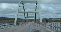 Bridge to Sweden (deepexperience1) Tags: bridge finland sweden border lapland yltornio