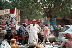[marketer] (tyronerodovalho1) Tags: india indian new dehli culture market travel life men