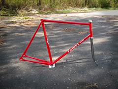 romet super track (marianfixed) Tags: columbus red italy thread italian track milano shell poland polska fork polish super headset made frame bolt record crown bb tubing pista rama binder korona seatpost campagnolo chromed romet czerwony cinelli czerwona mufy włoski stery suportu rury widelec gwint śrubka torowa chromowany columbusa podsiodłowej