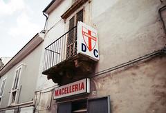 (Marco Antonecchia) Tags: shop dc kodak politic abruzzo butchers cristiana macelleria yashicafx3 democrazia