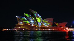 OPERA HOUSE,  VIVID SYDNEY 2015 (16th man) Tags: canon eos oracle sydney australia nsw darlingharbour operahouse sydneyoperahouse cocklebay laserlightshow watertheatre vividsydney eos5dmkiii oracleliquid