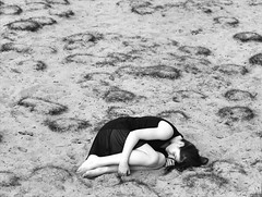 Aileen (Juliet Alpha November) Tags: portrait bw 120 6x6 film analog sand jan outdoor dune delta portrt sw 100 analogue expired ilford dne rollfilm holmer meifert sandberge