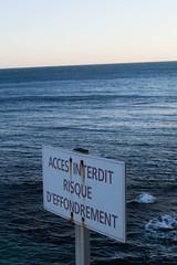 (Camille Sabatier) Tags: sea mer nikon pancarte plage interdiction
