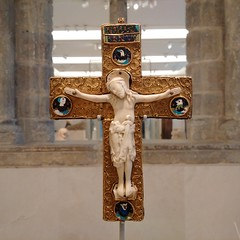 Golden crucifix, ivory and enamels (gowersaint) Tags: england man london art history museum ancient catholic treasure christ cross image artistic britain albert faith religion jesus culture belief victoria historic christian vanda panels civilisation byzantine jewel goldsmith artistry piety enamel evangelist crucified gospels cruxifiction filigry
