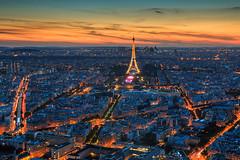 14 juillet 2016(soir)-1-2 (Terryelart) Tags: city sunset paris canon town cityscape crpuscule extrieur ville coucherdesoleil toureifel eifeltour 70d paysageurbain