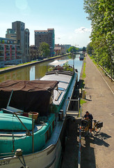 (christophemo) Tags: nancy villedenancy lorraine france meurtheetmoselle canal berges quai pniche facteur courrier distribution tourne postes bateau