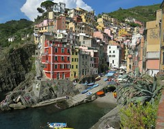 The Marina, Riomaggiore, Italy (Snuffy) Tags: marina riomaggiore cinqueterre italy