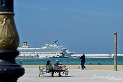 La Corniche de Tanger (jeremyvillasis) Tags: tanger tangier tanja morocco marocco maroc africa northafrica beach playa people travel street streetphotography cruise ship atlantic ocean avenuemohammedvi