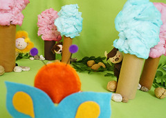 Uau!!! Uma floresta de algodão doce! Ainda bem que o Sapinho não está aqui, senão ia comer todas as árvores. (Ateliê Bonifrati) Tags: cute diy artesanato craft tutorial pap passoapasso bonifrati