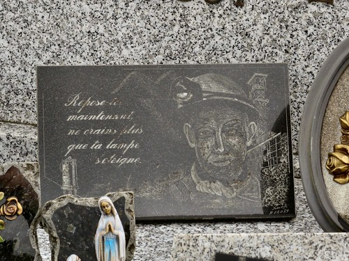 20150505 Leernes, cimetière