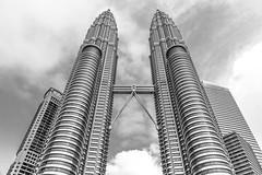 Petronas Towers - Kuala Lumpur (IQRemix) Tags: city urban building architecture modern skyscrapers twin landmark malaysia twintowers kualalumpur 建筑 klcc petronastowers jalanampang 馬來西亞 吉隆坡 马来西亚 jalanrajachulan 雙峰塔 国油双峰塔 雙子塔 双子星塔 国油双塔