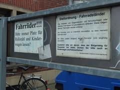 Abstellordnung (mkorsakov) Tags: sign forbidden schild wtf mnster fahrradparkplatz hinweis kreuzviertel verbot gebot multipleausrufezeichen