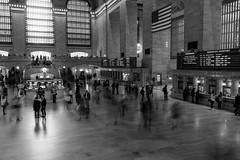 Grand Central Terminal (robe_mac) Tags: city longexposure urban blackandwhite bw newyork blancoynegro station estacion grandcentralterminal nuevayork largaexposicion