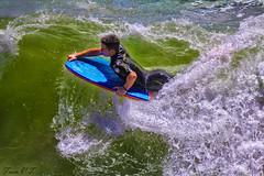 Surfista (cazador2013) Tags: africa costa canon mar agua surf playa gotas deporte turismo olas ef hombre tabla orilla espuma durban deportista tranquilidad riesgo serenidad surfista 2470 divertirse 60d