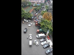 2016_04_14 068 - traffic (video)