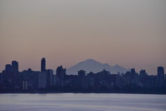 Vancouver city outline with Mt.Baker in the USA as a backdrop (D70) Tags: city usa canada vancouver bc with harbour backdrop outer outline mtbaker