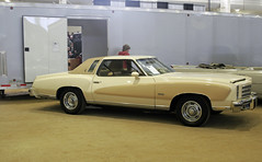 1976 Chevrolet Monte Carlo (coconv) Tags: pictures auto door old two classic cars chevrolet hardtop car vintage photo automobile image photos antique picture images vehicles photographs chevy photograph vehicle carlo autos monte collectible collectors coupe automobiles 1976 76 blart