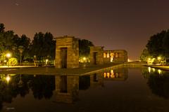 Reflejos de la noche (abellorinm) Tags: night nightphotography canon cityscape star silueta estrellas longexposure reflejo fotografianocturna