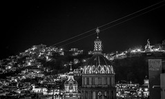 Night Lights (Guanajuato, Mxico. Gustavo Thomas  2016) (Gustavo Thomas) Tags: night light luz noche city guanajuato mxico mexican mexicano blackandwhite monochrome bnw travel voyage