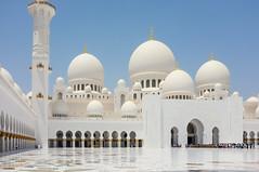 Sheikh Zayed Mosque - Exterior I. (Adam Haranghy) Tags: white church carpet religious gold amazing dubai place floor united religion rich uae lifestyle places mosque emirates zayed abudhabi arab huge abu dhabi luxury sheikh sheik allah koran vae marmor scheich zayid moschee